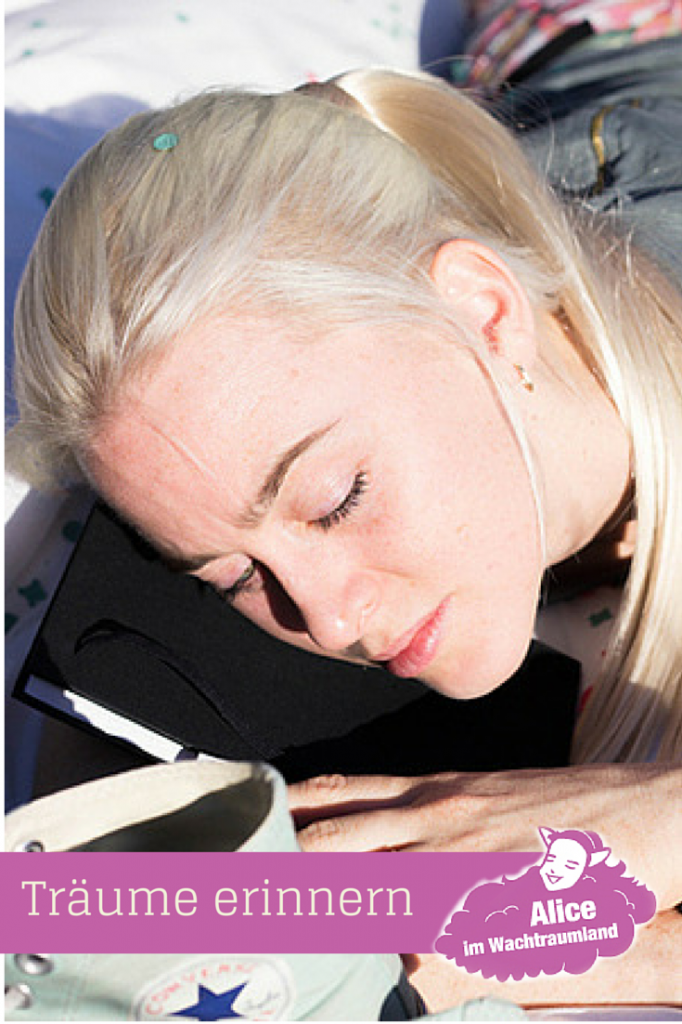 Für die, welche Problem mit dem Erinnern von Träumen haben, hier noch ein paar Tipps zur Steigerung dieser Fähigkeit:  Sich entscheiden mit welcher Methode man seine Träume aufzeichnen möchte und die Vorbereitungen dafür treffen; z.B. Traumtagebuch mit Stift bereitlegen.